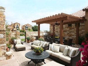 Entertaining on the Outdoor Patio